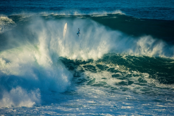 Damien-Hobgood-8614-Nazare16Masurel