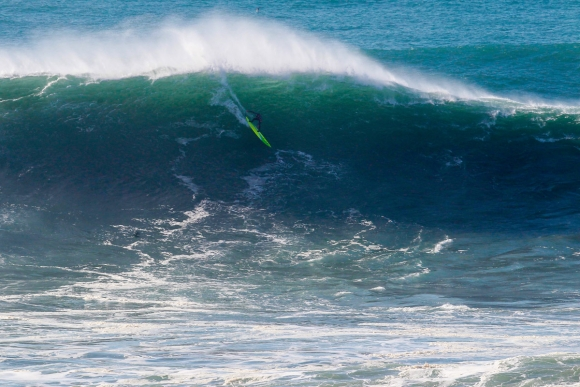 Jamie-Mitchell-AUS5363-Nazare16Masurel