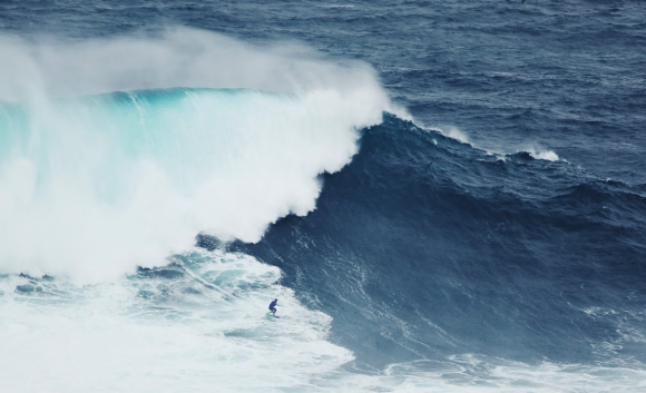 h-files-nazare-big-waves