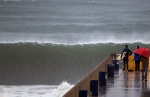 stormy-waves-620-th