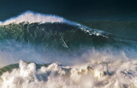 Rodrigo-Koxa-big-wave-awards-world-record