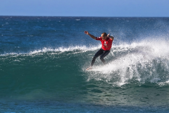 Volkswagen-SA-Open-of-Surfing-pres-by-Hurley- -Ian-Thurtell--Mathew-Moir-2