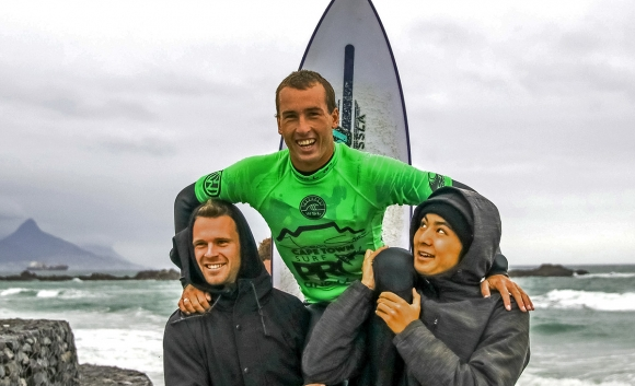 Jordy-Smith-Cape-Town-Surf-Pro-pres-by-ONeill -Ian-Thurtell-Jordy-Lawler-4
