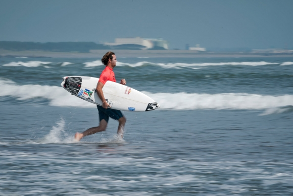 RSA Jordy_Smith_Aloha_Cup_ISA_Ben_Reed-1-2